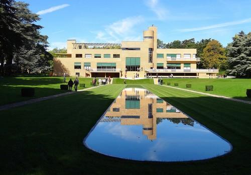 Façade sud de la Villa Cavrois
